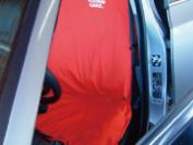運転席のみシートをかけて保管